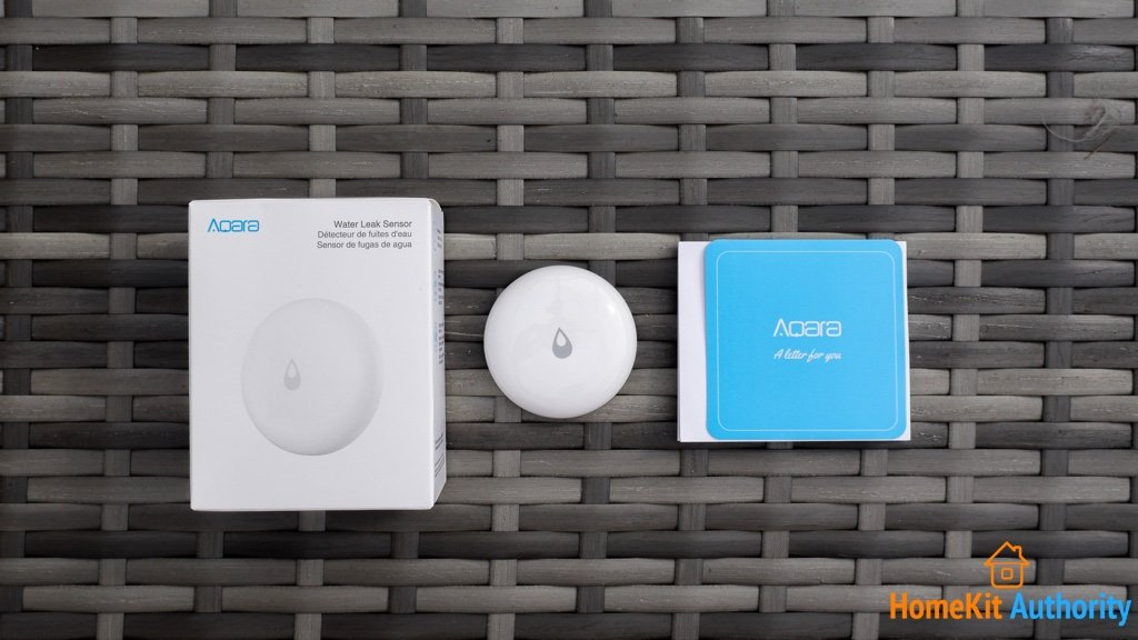Aqara water leak sensor box contents