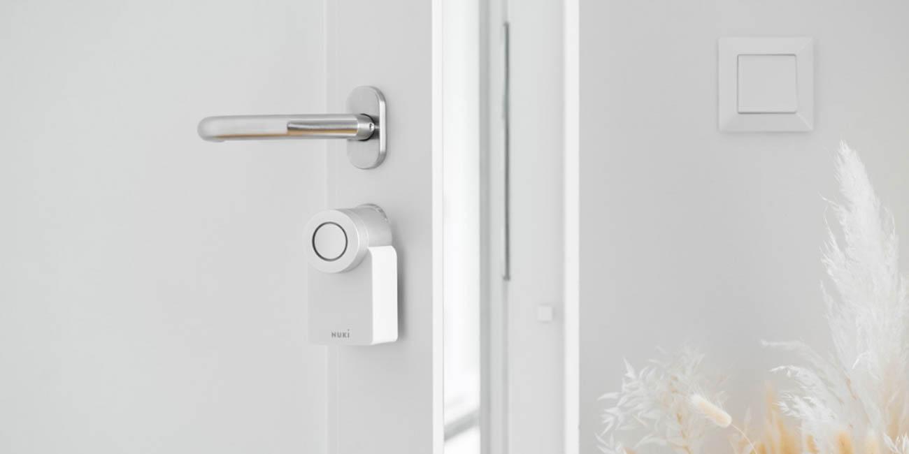 Nuki 2.0 smart lock white edition